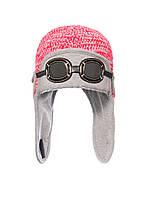 Вязанная шапка на мальчика с декоративными очками.