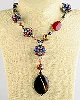 Ожерелье из камней агата