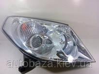 Фара передня права MK 1017001106