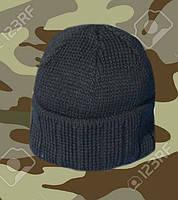Трикотажная вязаная шапка. Головные уборы