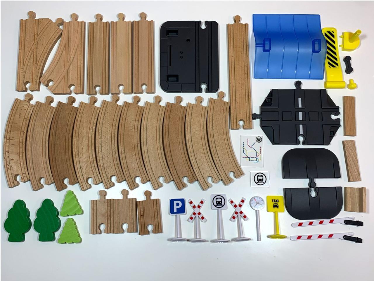 Додаткові елементи PlayTive для дерев'яної залізниці 45 елементів 3,3 м