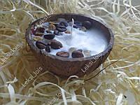 Свічка в кокосі ароматизована