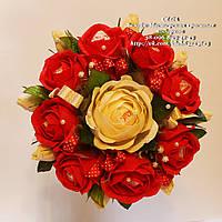 Букет из конфет с розами раффаэлло