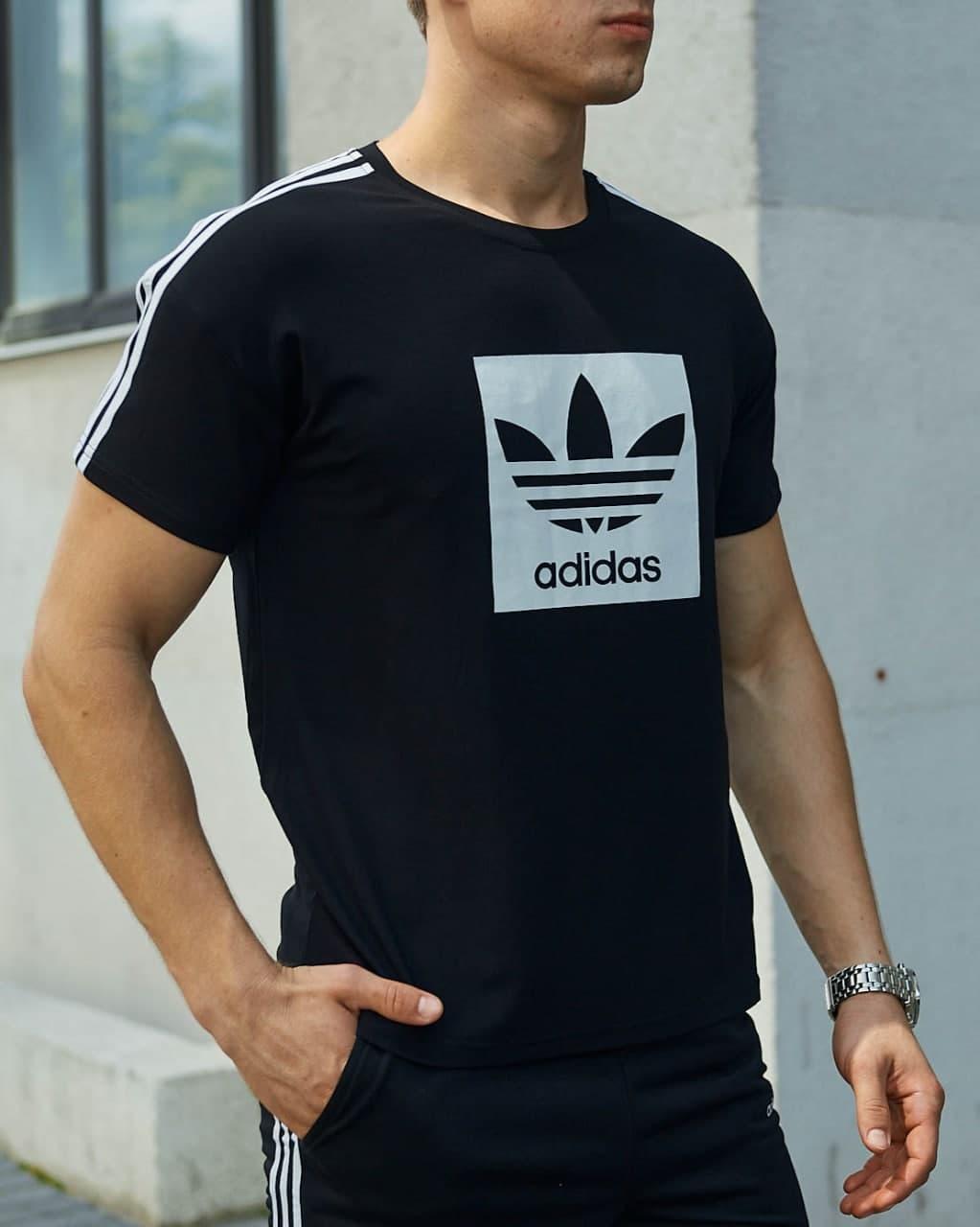 Мужская чёрная футболка Адидас Спринт