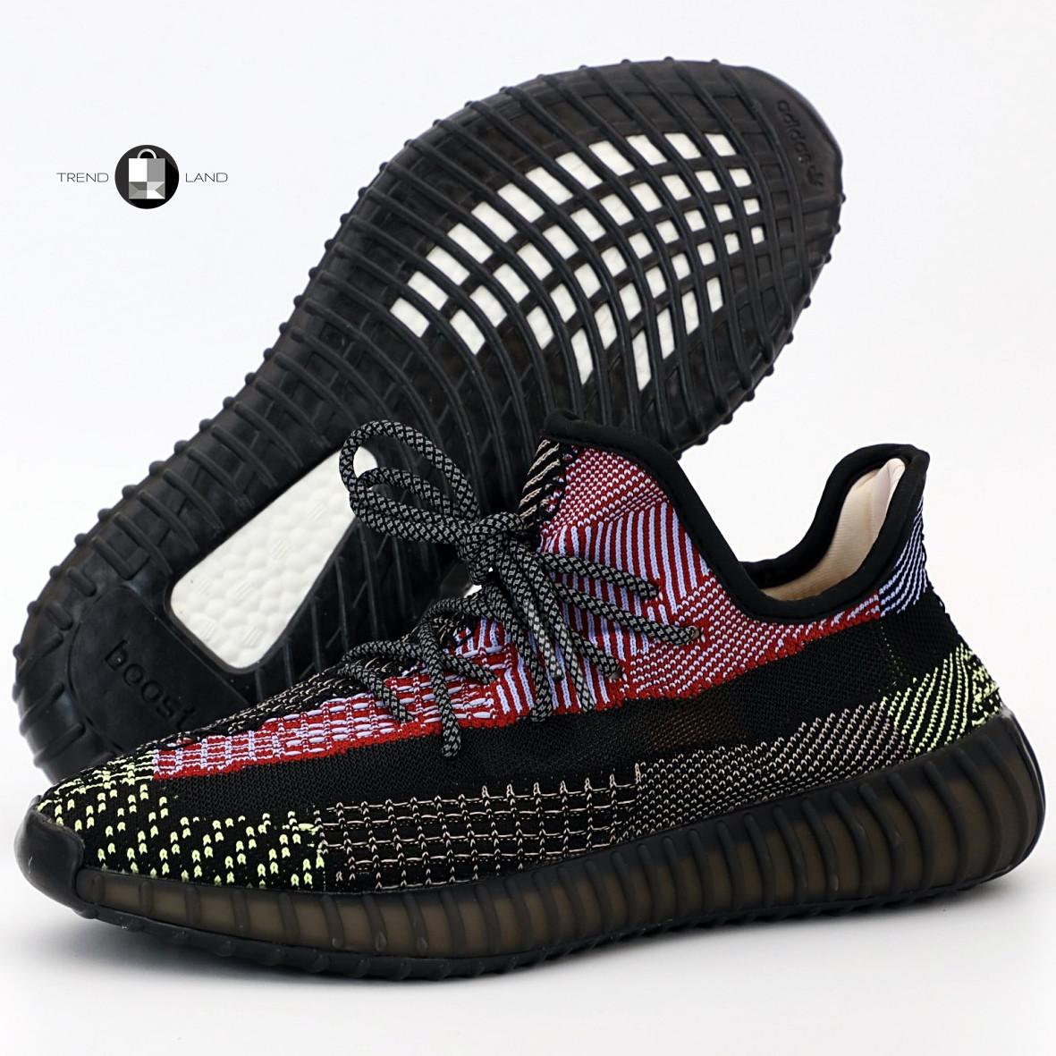 Рефлектив   Жіночі кросівки в стилі Adidas Yeezy Boost 350 v2 Red Black Reflective