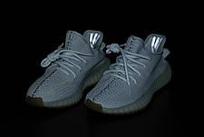 Жіночі кросівки в стилі Adidas Yeezy Boost 350 v2 Light Grey, фото 2
