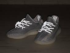 Рефлектив   Мужские кроссовки в стиле Adidas Yeezy Boost 350 v2 White Reflective, фото 3