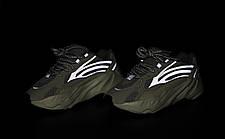 Рефлектив   Жіночі кросівки в стилі Adidas Yeezy Boost 700 V2 Static, фото 2