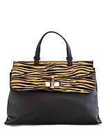 Женская  сумка из натуральной кожи фабричная (отшита в Италии) черного цвета с тигровой вставкой, на клапане