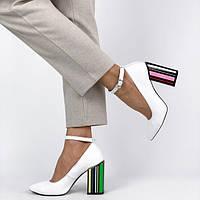 Туфли на каблуке, танкетке