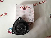 Опора верхняя переднего амортизатора  Kia Cerato,Hyundai Matrix c 02-.2010.Пр.Mobis.Корея.