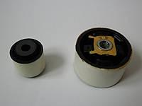 Сайлентблоки подушки двигателя, нижняя восьмёрка на Renault Trafic 1,9dCi с 2001... BELGUM (Украина), BG-18-00, фото 1