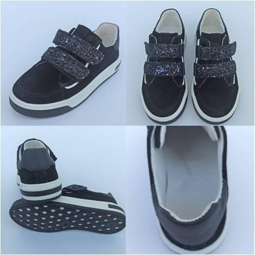 Туфлі замшеві з яскравими ліпучками фото