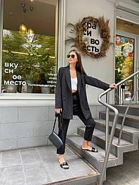 Костюм-двойка брючный женский в полоску: пиджак удлиненный и брюки