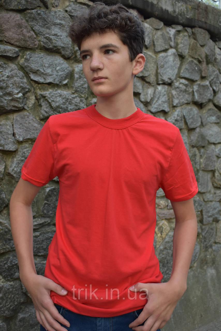 Футболка для хлопчика червона