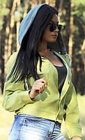 Жіноча джинсова куртка зі знімним капюшоном оливкового кольору