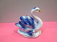 Изящный фарфоровый сувенир Лебедь с ребенком на подарок маме, фото 1