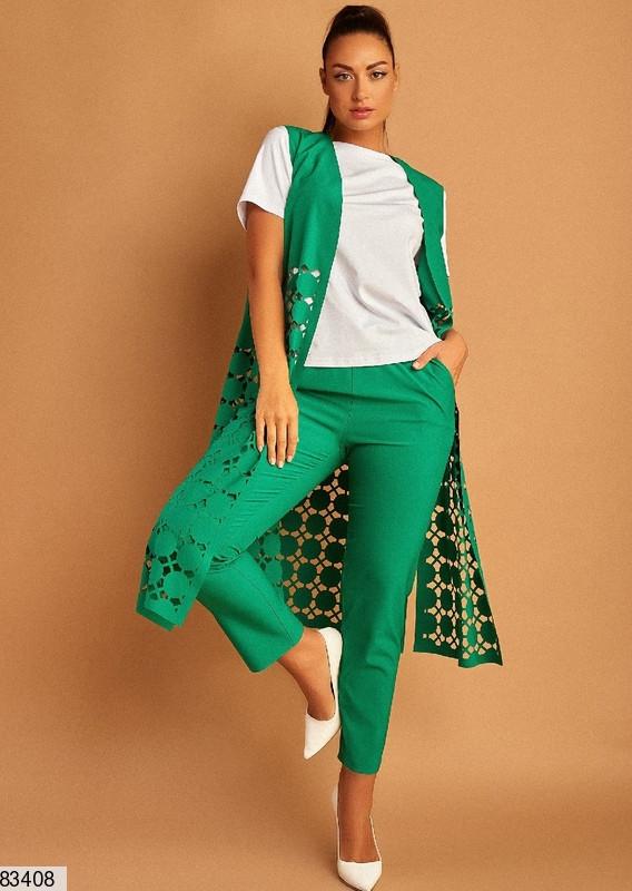 Женский брючный костюм-тройка зеленый большого размера 50.52.54.56