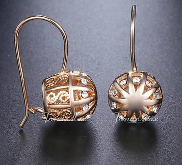 Позолоченные серьги с белыми кристаллами код 1435