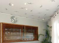 Оклейка потолков обоями виниловыми