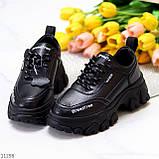 Трендові шкіряні чорні жіночі кросівки натуральна шкіра на масивній підошві, фото 3