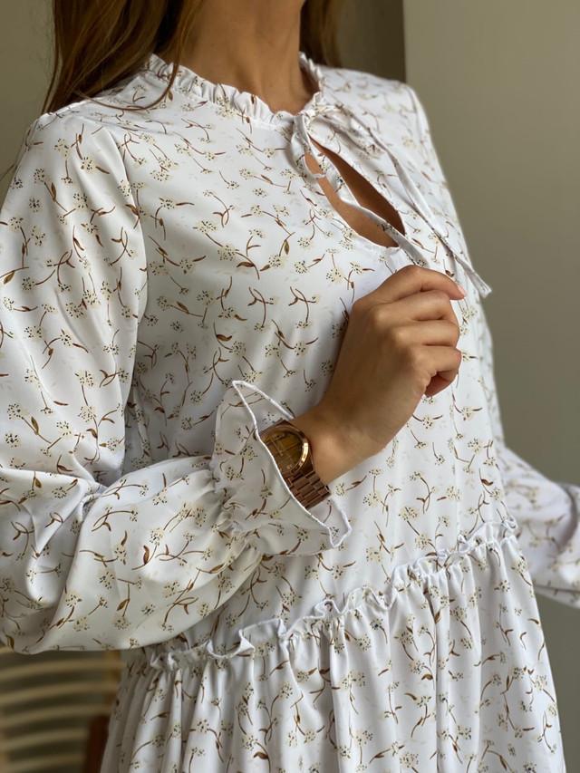 Лёгкое женское платье с принтом свободного кроя
