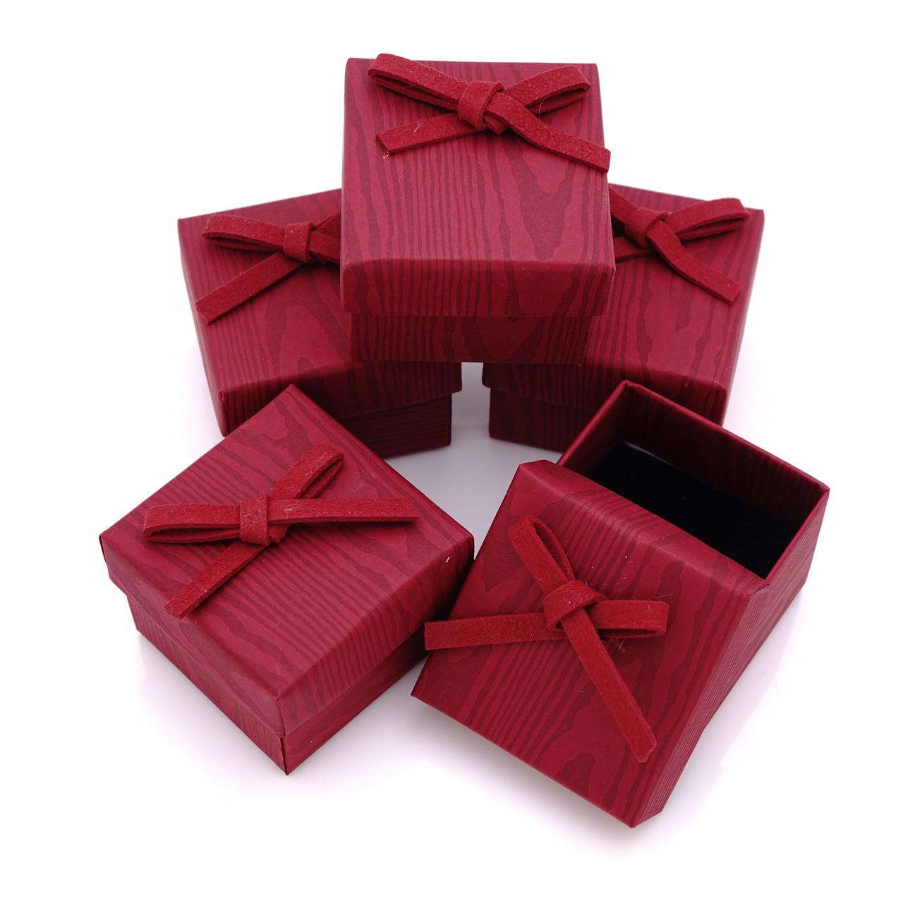 Набор коробок для подарков Красный