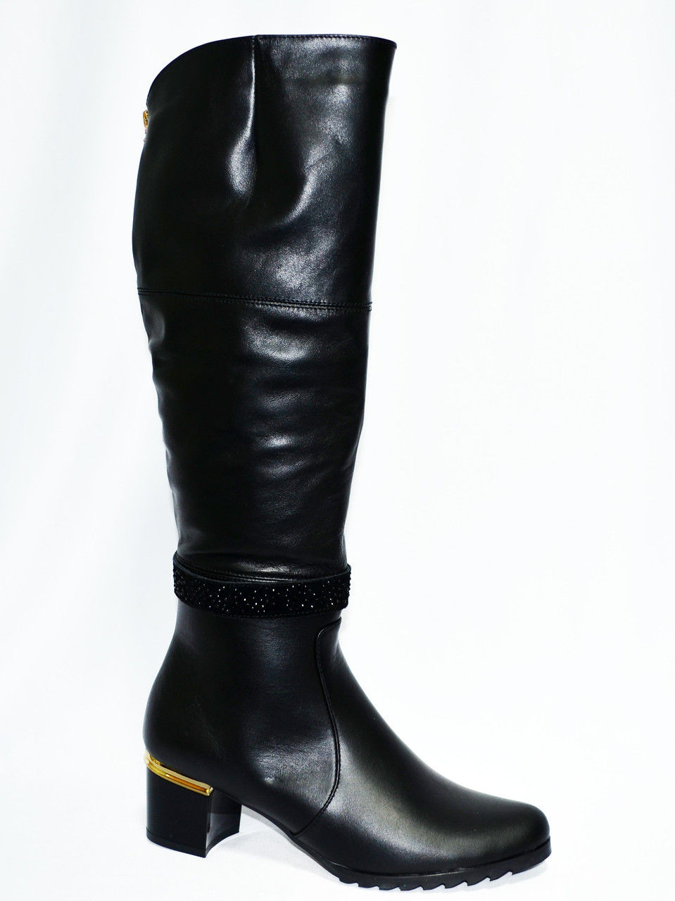 Женские зимние  сапоги на невысоком устойчивом каблуке, натуральная кожа.