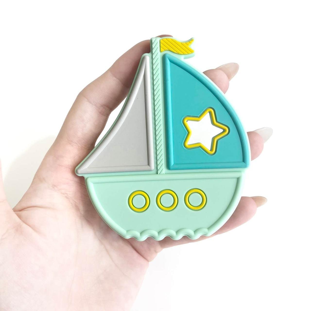 Кораблик ГРИЗУНОК (м'ята), силіконовий прорізувач для зубів