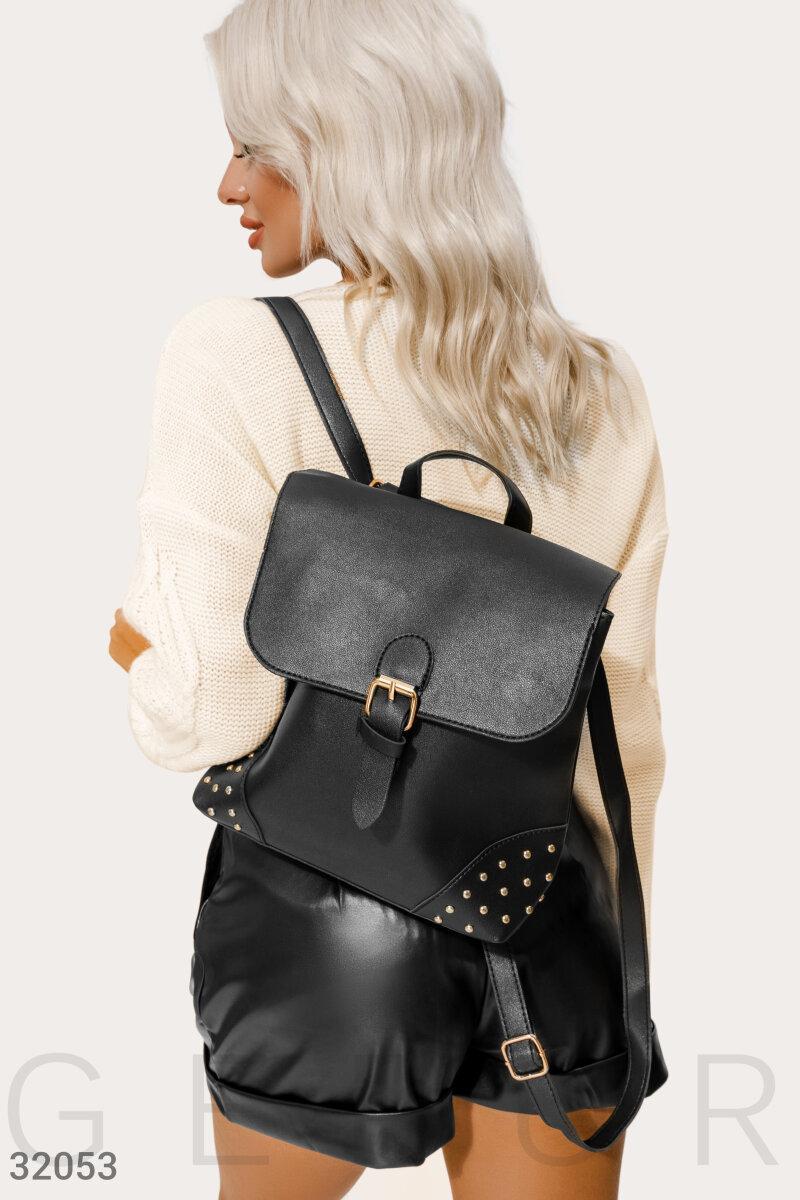 Рюкзак чорного кольору