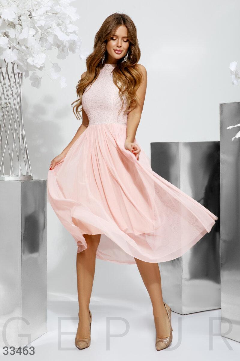 Романтичне вечірнє плаття