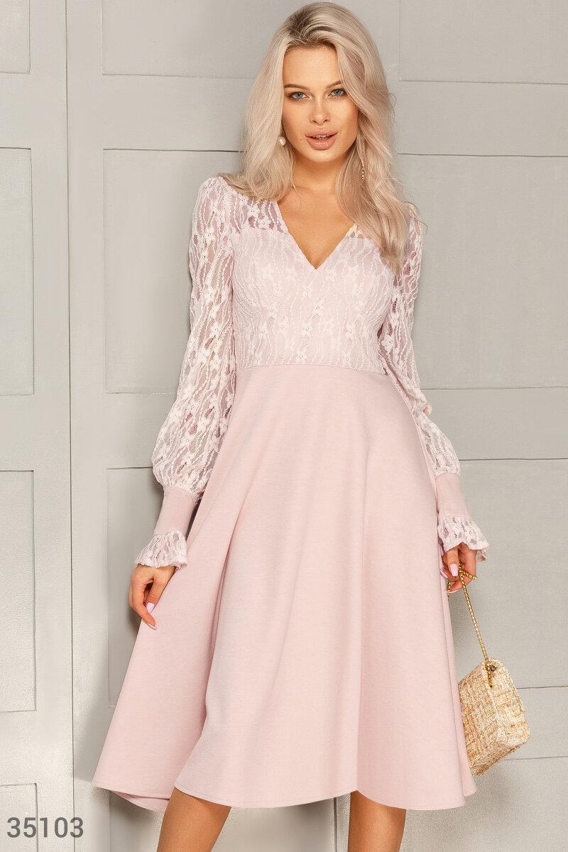 Ніжна мереживна сукня