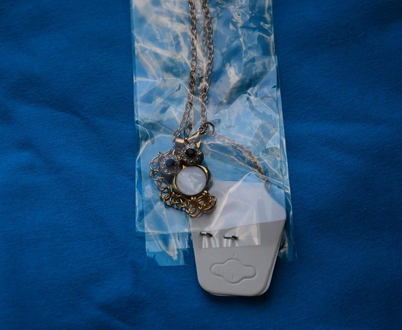 Яскравий помітний кулон у вигляді сови совушки совеня зі стразами та камінням під золото з ланцюжком 082021