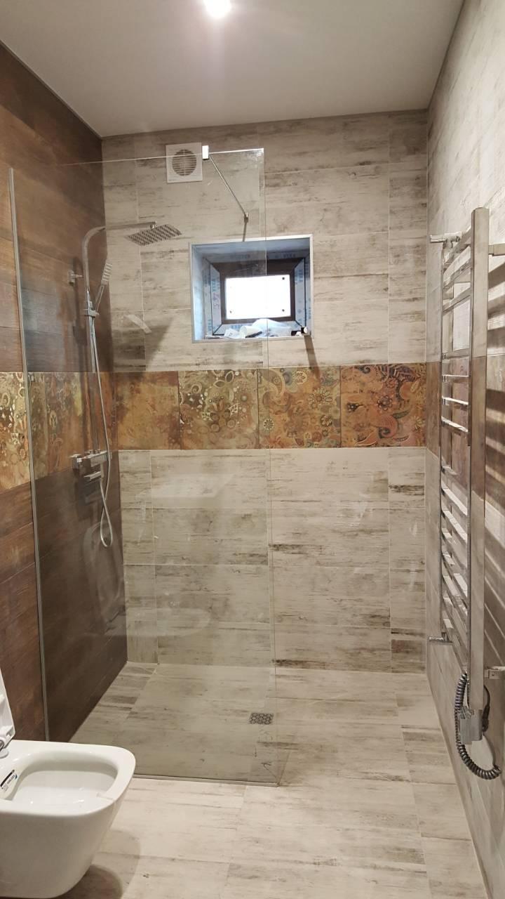 Стеклянные шторы для ванны, душевые кабины без дверей