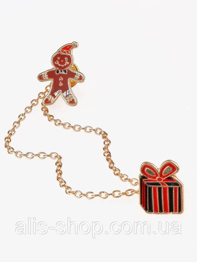 Великолепный браслетик: красные жгуты, игривая вставка и искристые камушки  Диаметр: 5,7 см.