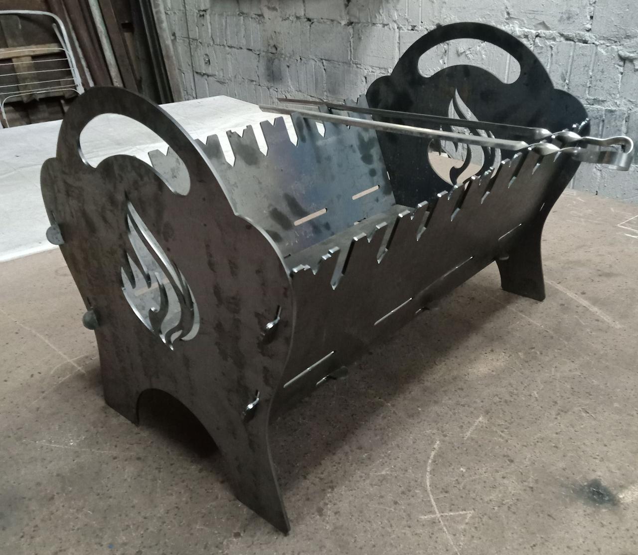 Мангал раскладной на 8 шампуров, сталь 3 мм.
