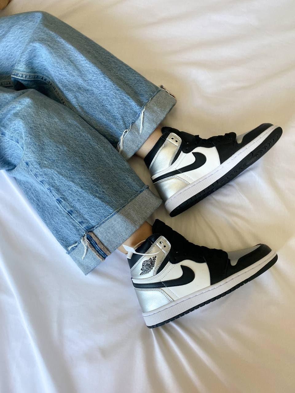 Чоловічі кросівки Nike Air Jordan 1 Retro High Silver Toe (чорно-білі з сріблястим) К3740
