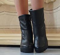 Стильные кожаные женские ботинки на тракторной подошве каблук застежка молния на меху