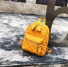 Маленький стильний жіночий рюкзак стеганний Aliri-00097 жовтий