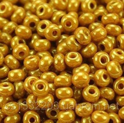 Бісер №10  (5г) перлиновий люкс, гірчично-золотистий