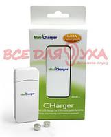 Зарядний пристрій MiniCharger USB + 2 акумулятора 13 типорозміру