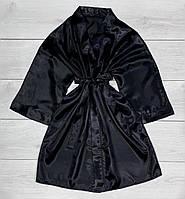 Черный атласный женский халат.