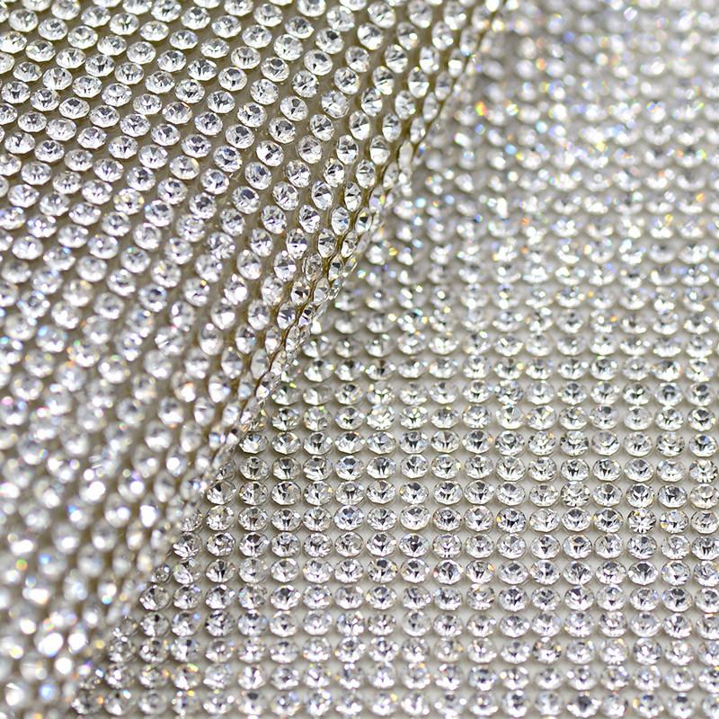 Стразовое термополотно.Цвет страз Crystal ss10(3мм), 1 отрезок 1*24см