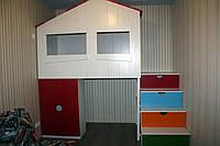Кровать-чердак Домик, шкаф, этажерка с полками, ступеньки-ящики, ясень