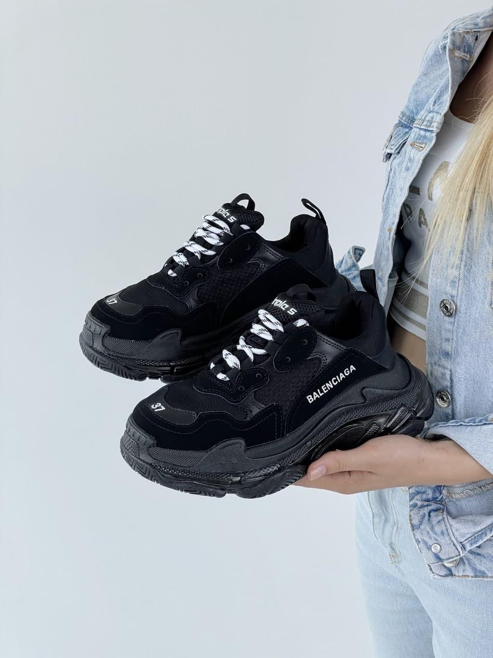 Мужские кроссовки BALENCIAGA Triple S (черные) J3153