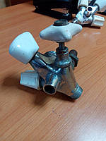 Кран смесителя дровяной колонки старого образца, кран водогрейной колонки