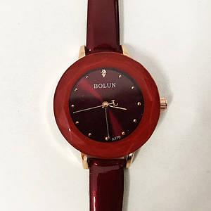 Стильні червоні наручні годинники жіночі. З блискучим ремінцем. В чохлі. модель 41794
