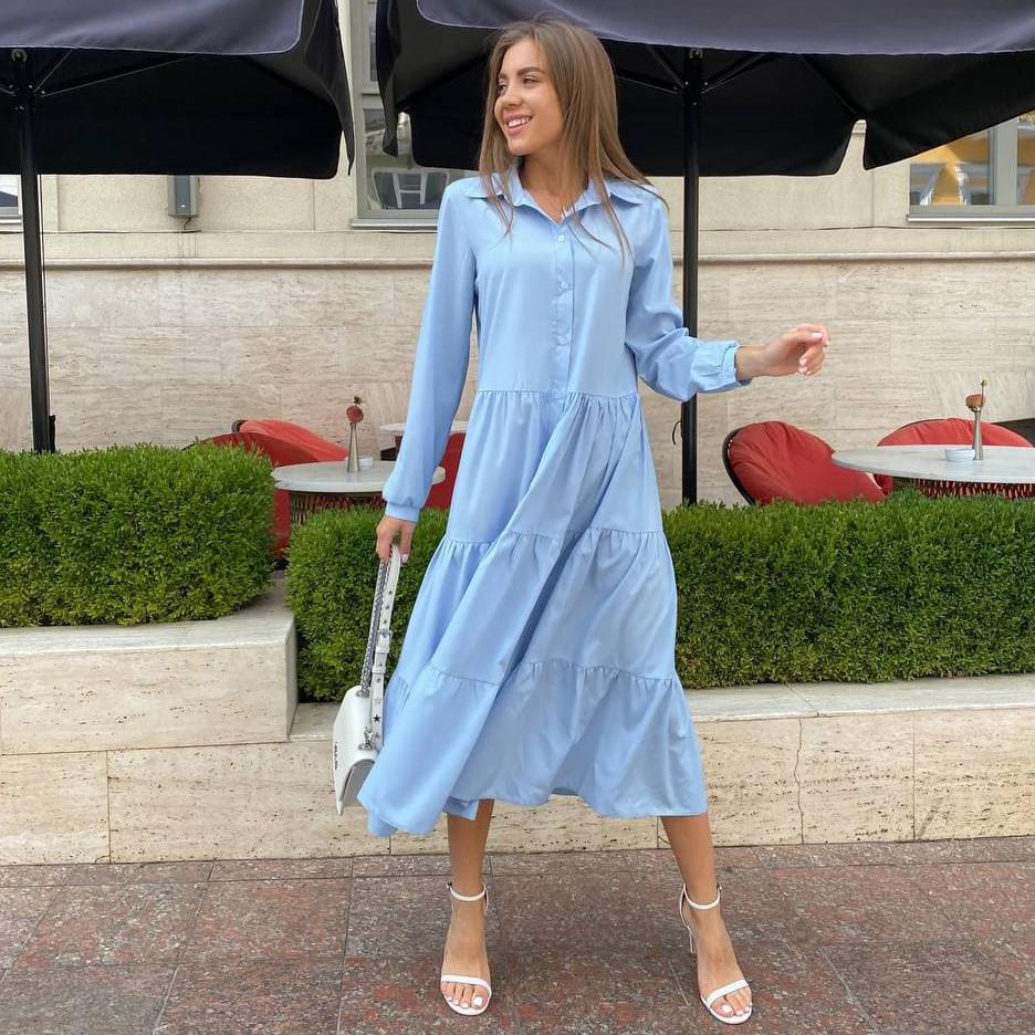 Вільне плаття-трапеція на ґудзиках з довгим рукавом