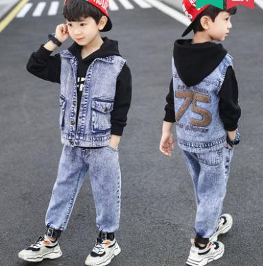 Джинсовий костюм на хлопчика 75(джинси, світшот і жилетка)