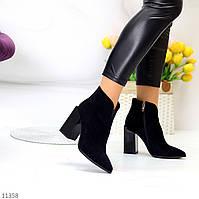 Черные люксовые замшевые женские ботинки ботильоны на фигурном каблуке